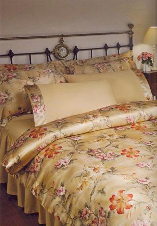Комплект постельного белья семейный  Lilyum Tivolyo