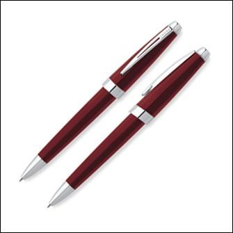 Красная шариковая ручка Cross Aventura