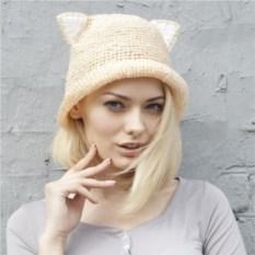 Бежевая летняя шляпа с ушками из рафии