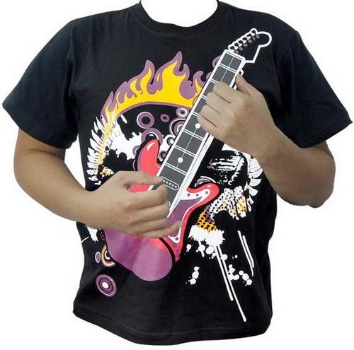 Интерактивная футболка-гитара