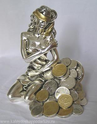 Статуэтка Богиня удачи с рогом изобилия с монетками