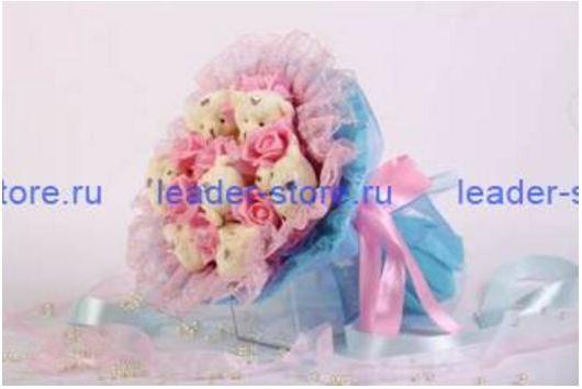 Букет из игрушек Медвежата с розами