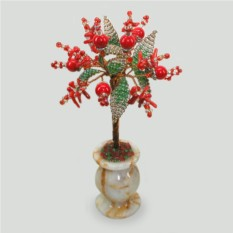 Миниатюрное дерево удачи из коралла в вазочке из оникса