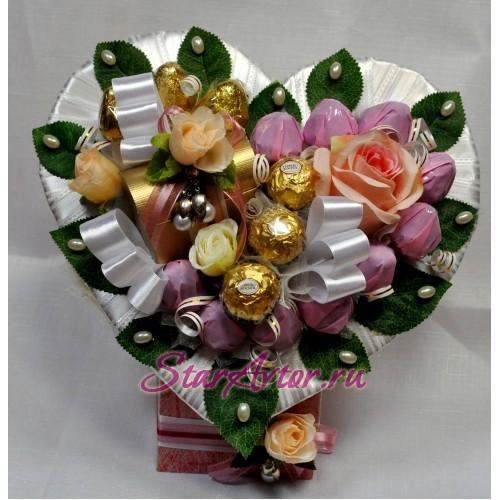 Букет из конфет Сердце «Розовые розы»