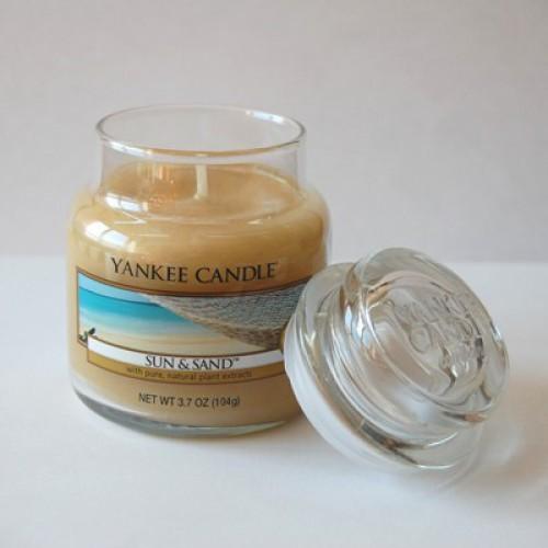 Свеча в стакане «Солнце и песок» Yankee Candle