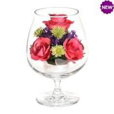Цветы в стекле Композиция из розовых роз
