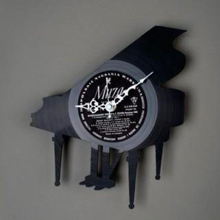 Часы из пластинок Рояль