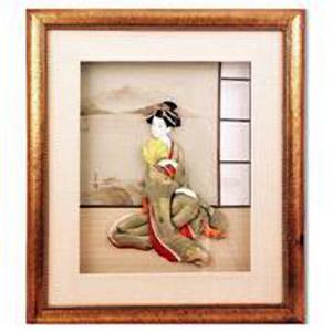 Японская кукла в рамке