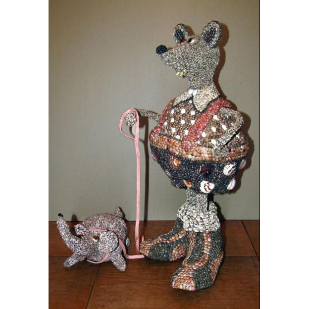 Скульптура:  Мышь с собачкой