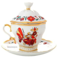 Чашка с крышечкой и блюдцем Сувенир (фарфор)