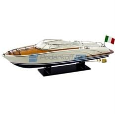 Модель катера Riva Rama