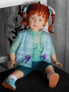 Коллекционная фарфоровая кукла Jenny