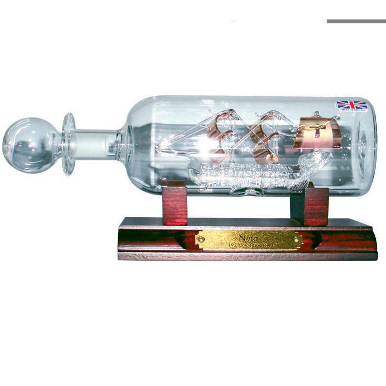 Кораблик в бутылке «Нинья»