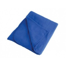 Синий флисовый плед в рюкзаке