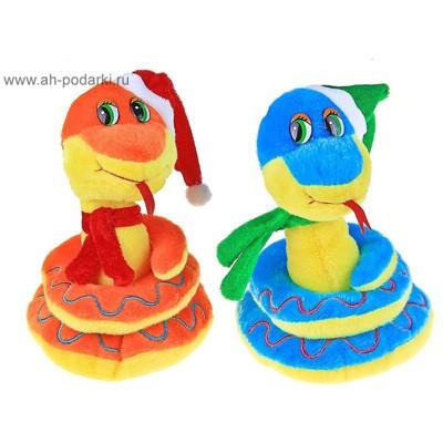 Мягкая игрушка Змейка в новогоднем колпаке