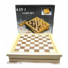 Набор игр (шашки, шахматы, нарды, карты, домино, кости)