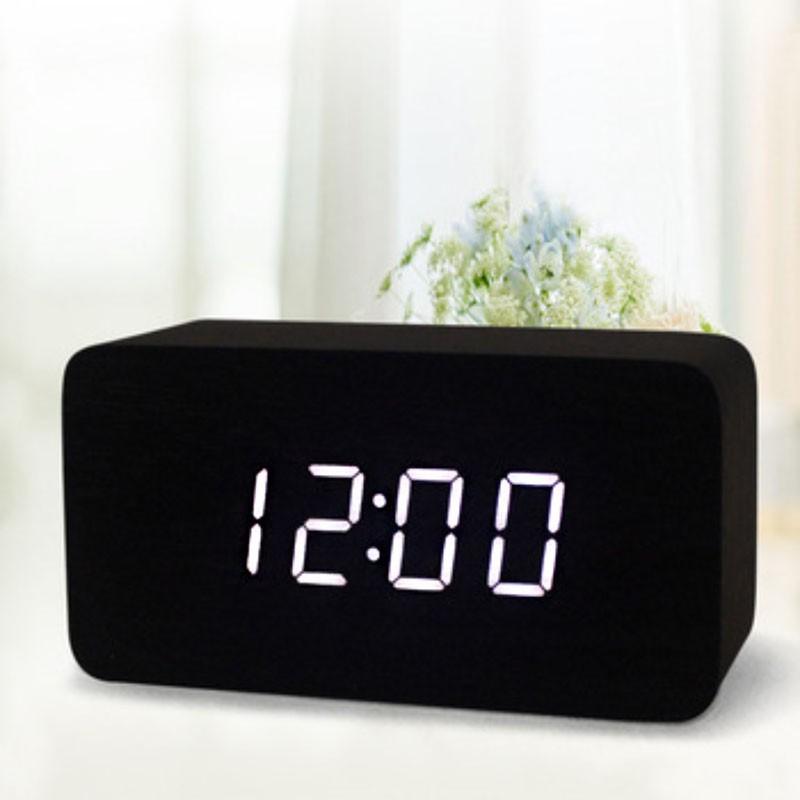 Прямоугольные часы-будильник Черное дерево