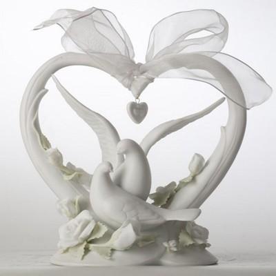 Фарфоровая статуэтка Любящее сердце