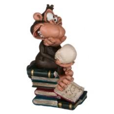 Фигурка Обезьяна с книгами