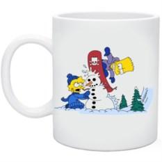 Кружка Барт на сноуборде врезается в Лизин снеговик