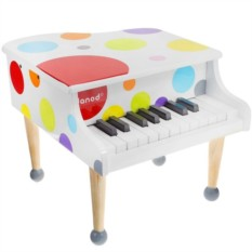 Белый игрушечный рояль