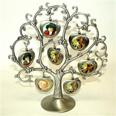 Фоторамка семейная «Яблоня» (7 фото)