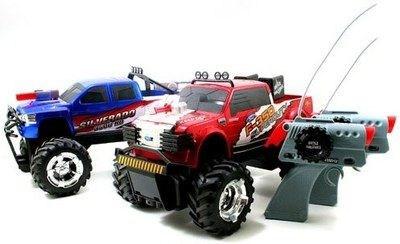 Боевые Р/У джипы, в комплекте 2 шт.: Ford F-350 и Chevy Silverado 3500, Jada Toys