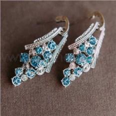 Серьги «Гроздья винограда» с голубыми кристаллами