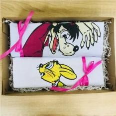 Набор парных футболок в коробке Волк и заяц