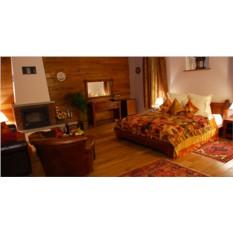 Проживание для двоих в номере «Делюкс» (1 сутки)