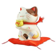 Японский кот-копилка Манеки-неко Богатство и Успех!