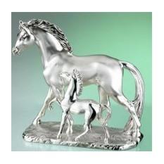Скульптура «Лошадь с жеребёнком»