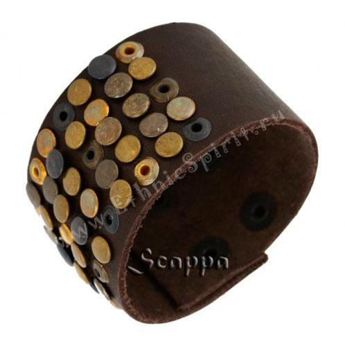 Кожаный браслет с декоративными элементами