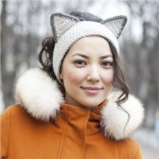 Вязаная повязка на голову Серый котик