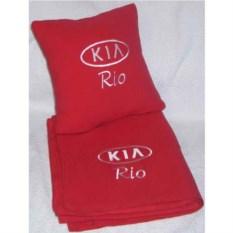 Красный плед с белой вышивкой Kia Rio