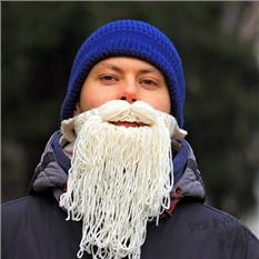 Шапка с бородой Дед Мороз в тренде