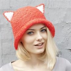 Красная летняя шляпа с ушками из рафии