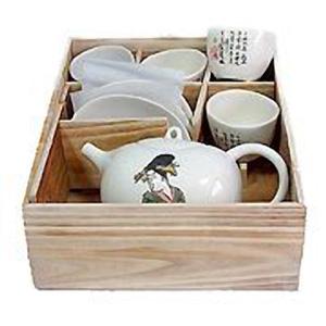 Чайный набор в деревянной коробке