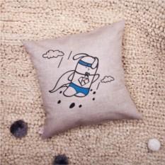 Декоративная льняная подушка Кроль-супермен