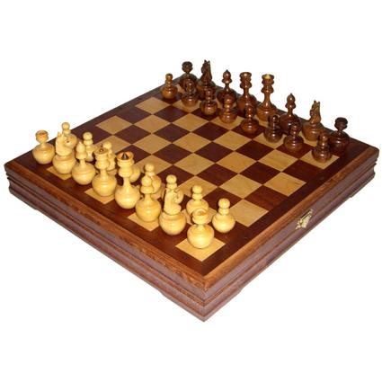 Шахматы/шашки «Неваляшки»