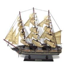 Модель корабля Gorch Fock