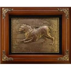 Деревянное панно Лев