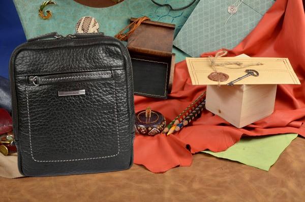 Черная кожаная сумка-планшет коллекции Gianni Conti