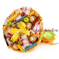 Мини-букет из конфет Школьный. Карандаши