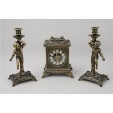 Часы каминные и 2 канделябра на одну свечу