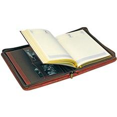 Ежедневник в папке на молнии Первое лицо