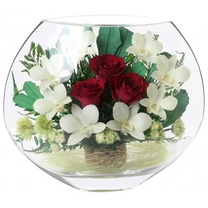 Композиция из живых роз и орхидей в стекле