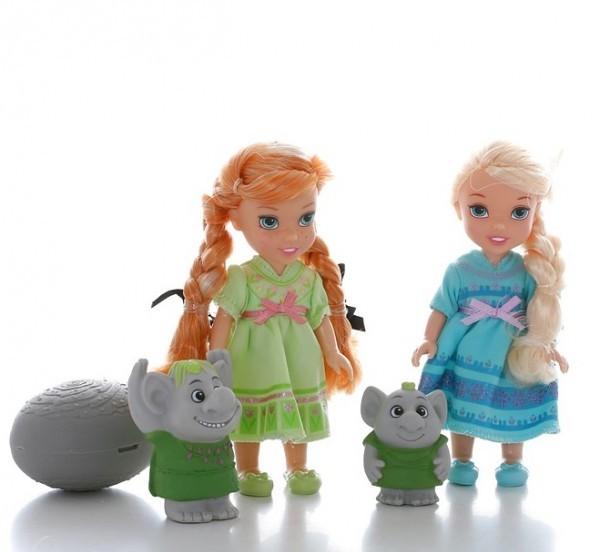 Игровой набор Принцессы Дисней Холодное Сердце и тролли