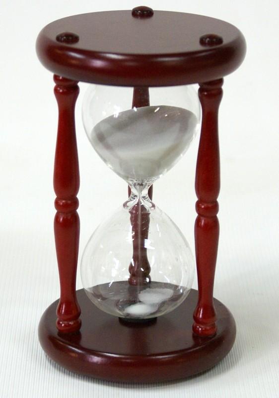 Песочные часы на 15 минут (белый песок)