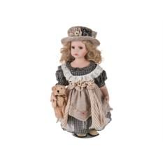 Фарфоровая кукла с мишкой